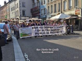 02 Défilé rue Ch DE Gaulle (1)