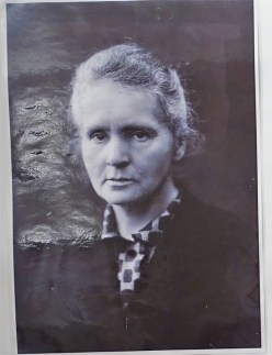 04 Marie Curie
