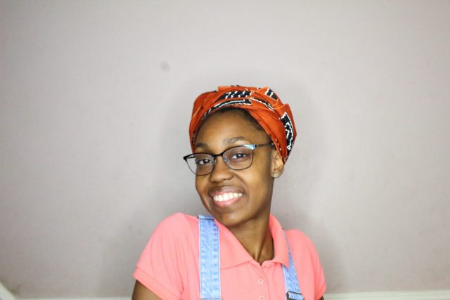 headwrap style to protect natural hair from the sun