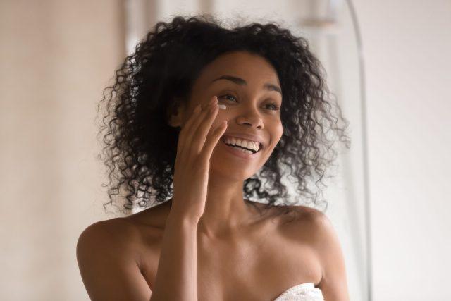 Summer skincare tips moisturise