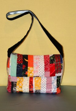 my new scrappy purse!