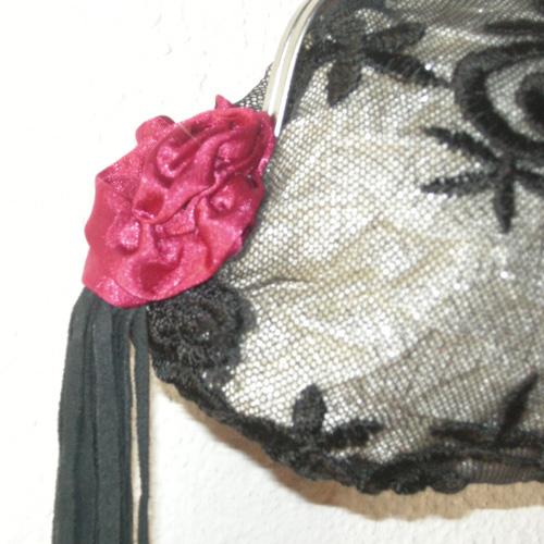 Frida purse pop vintage upcycle design-the remix vintage fashion