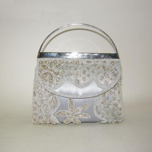 upcycle design purse indian beading-the remix vintage fashion