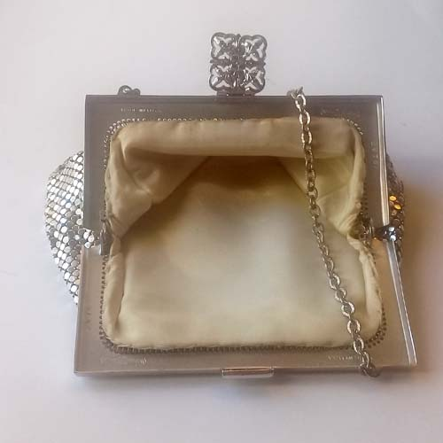 Whiting & Davis Silver Mesh Purse handbag-the remix vintage fashion