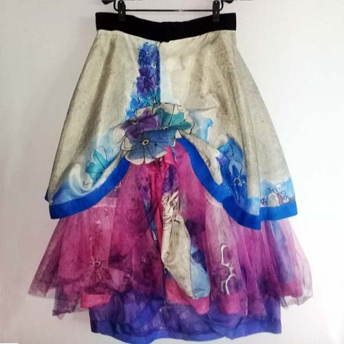 tiered maxi skirt 80s fashion