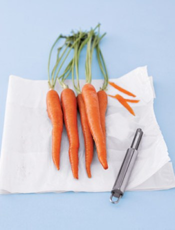 peel vegetables into bags