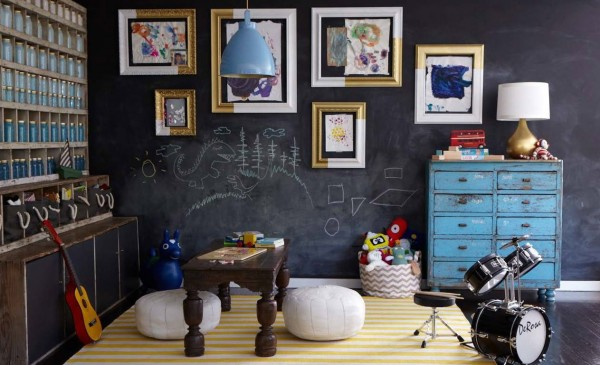 tipsaholic-two-toned-picture-frames-style-by-emily-henderson
