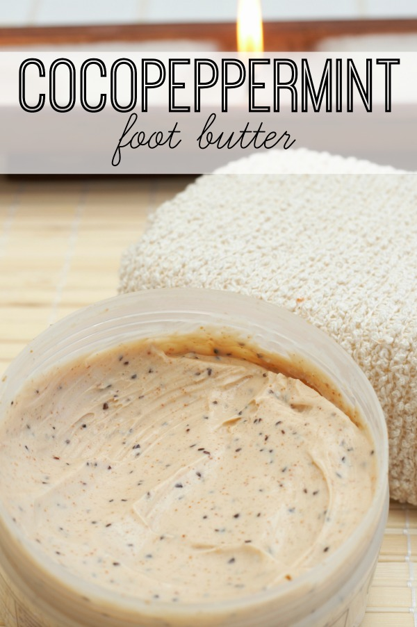 Need a last minute gift idea? Or maybe just a little pampering for your feet after the holiday stress wraps up? Try this refreshing CocoPeppermint Foot Butter via @tipsaholic #peppermint #footbutter #diy #beauty #diybeauty