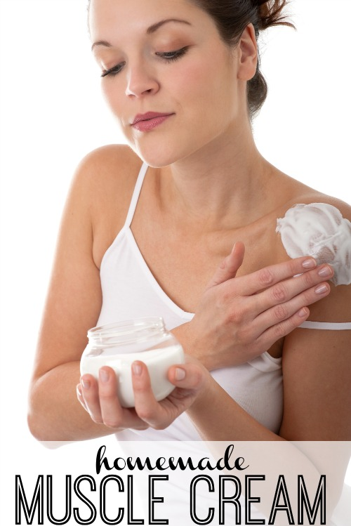 If you love the relief of muscle creams from the store then you will love this easy homemade muscle cream. Follow this quick and easy recipe for relief. Homemade Muscle Cream via @tipsaholic #muscle #musclecreams #essentialoils #oils #youngliving