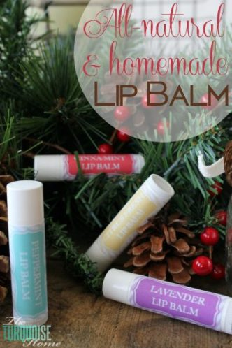 Essential oils can help you make the perfect present for anyone on your list! Need some inspiration? Here are 25 DIY gifts to make with essential oils. 25 DIY Gifts To Make With Essential Oils - Tipsaholic, #handmadegifts, #gifts, #essentialoils, #youngliving