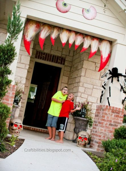 Recycled Halloween Decoration Ideas