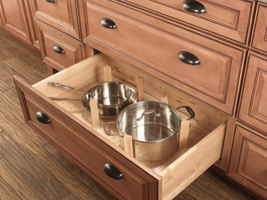 Doors vs Drawers — What is Best for Your Kitchen Cabinets?