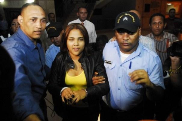"4ebe0d499ecc59cac9b37e417fd2f5b4 620x412 ""Martha Heredia no fue golpeada, sino esposada por indisciplinada"" [RD]"