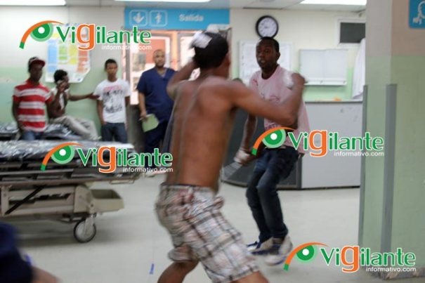 dario contreras pelea Pelea a tubazos en la sala de emergencias [RD]