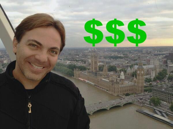 cuarto Las foto ratrera de Cristian Castro le hizo mucho dinero