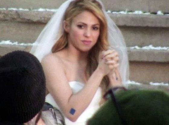 image5 Chequeen el nuevo video de Shakira