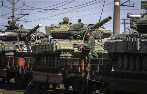 imagen Tanques rusos avanzan hacia la frontera ucraniana