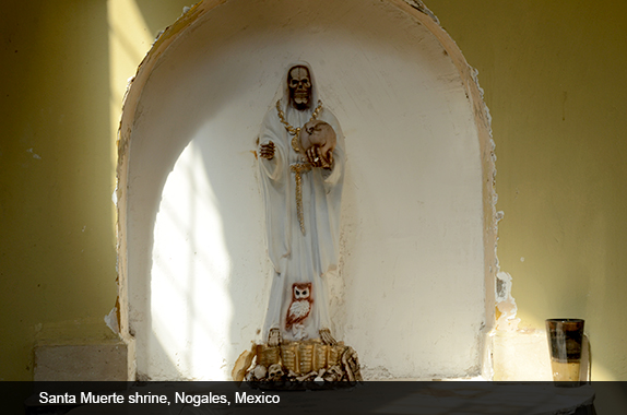 santa_muerte4_shrine_nogales