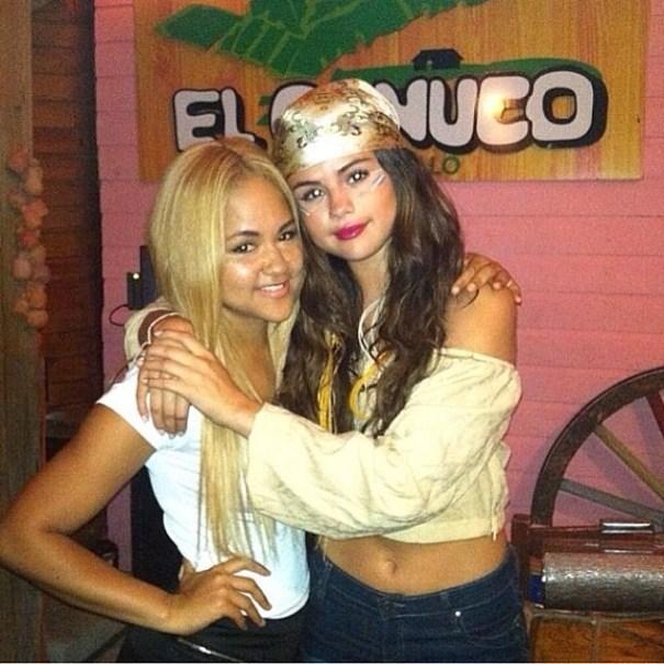 10326407 1491559757722420 52574779 n Selena Gomez disfrutando la vida nocturna de RD