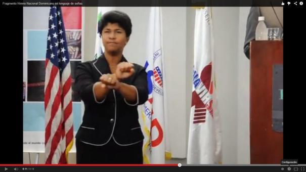 34 Un pedacito del Himno Nacional de RD en lenguaje de señas [Video]