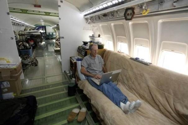 20140609 134522 49522404 Ingeniero convierte Boeing 727 en su casa