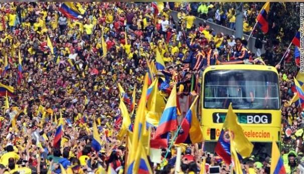 13 120 mil colombianos reciben como héroes a su selección del Mundial [Fútbol]