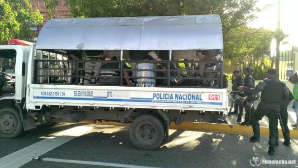 policia vehiculo