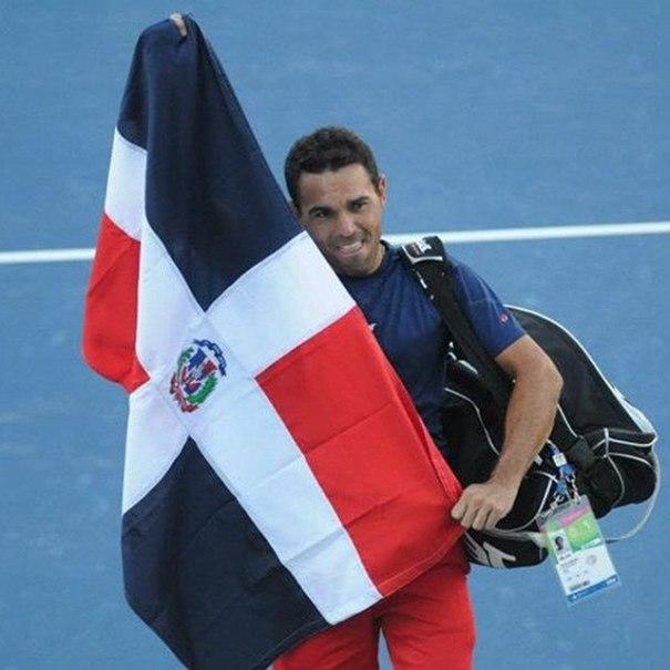 rd2 Victor Estrella, histórica actuación en el US Open