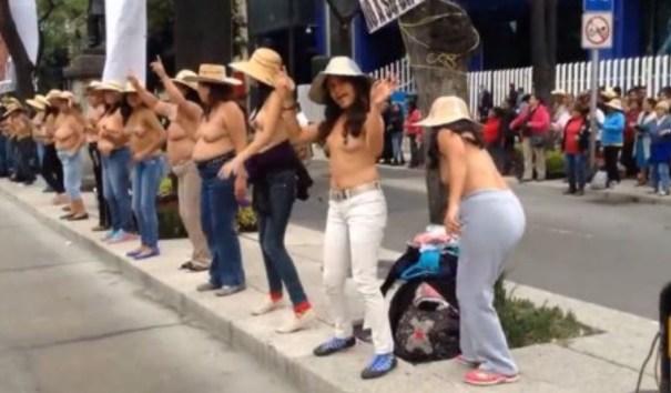 img 4665 Mujeres protestan semiencueras en México