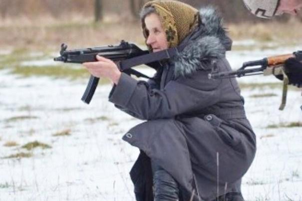 img 4921 Una abuelita ucraniana armada hasta los dientes