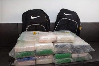 img 4942 Decomisan 26 paquetes de cocaína en Caucedo