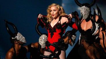 0012325941 Madonna cuenta como la violaron a los 19 años