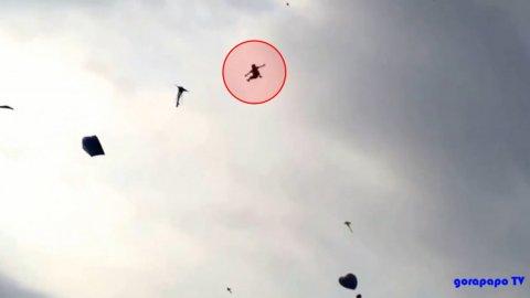 0012345128 Video: Menor es elevado 20 metros por chichigua y muere