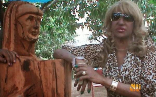 busto-de-madera-dedicada-fefita-la-grande