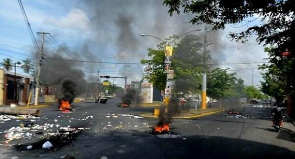 disturbios Disturbios en la UASD y San Francisco de Macorís