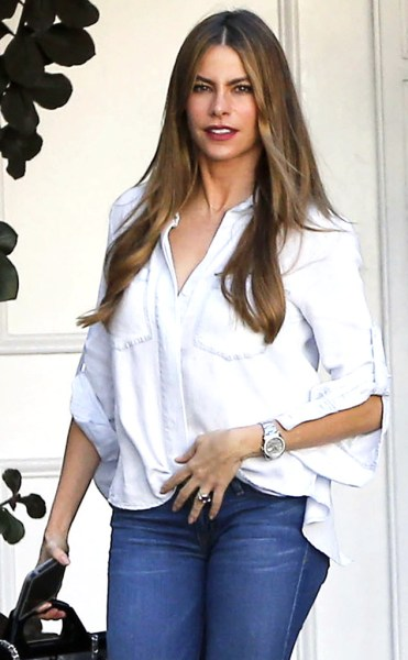 rs_634x1024-141002183657-634.Sofia-Vergara-Beverly_Hills.ms.100214