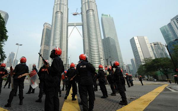 1203534 2 Detienen posible ataque terrorista en Malasia