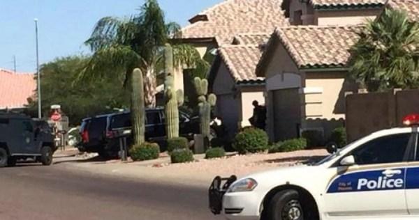 image303 Hallan 5 cadáveres al interior de una casa en Phoenix