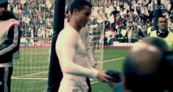 image510 El noble gesto de Ronaldo con niño que golpeó con balón