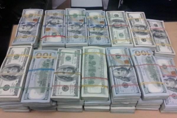 image556 Ocupan más de US$800 mil a colombiano en el AILA