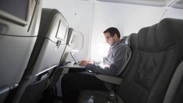 55586585c461880b428b45b4 Hacker gringo dice cómo se toma el control de un avión