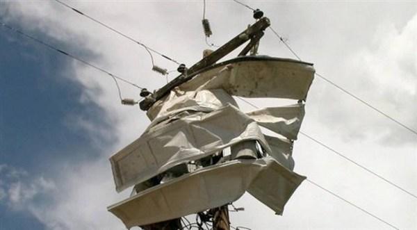 image105 Numerosas casas destruidas por tornados en EEEUU