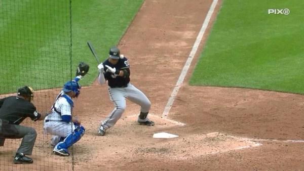 image370 Video   Carlos Gómez es golpeado en la cabeza por pelotazo a 97 mph