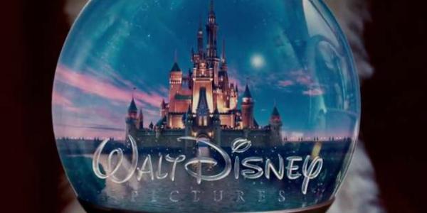 disney Video   Mira las variaciones del intro de las películas de Walt Disney