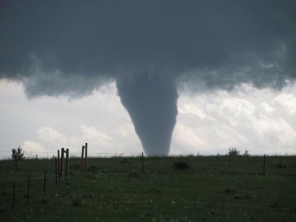 image94 Tornados destruyen casas en Colorado