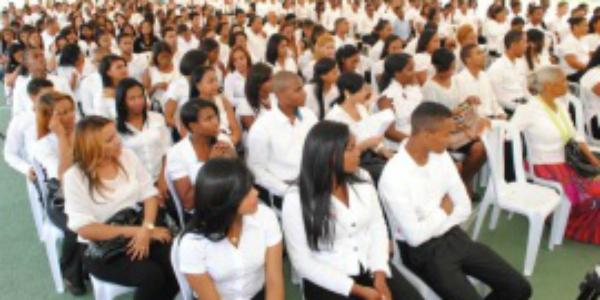 itla 340 jóvenes reciben certificados de formación en el ITLA