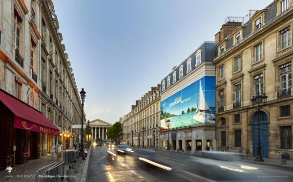 p Promoción de RD en las calles de París