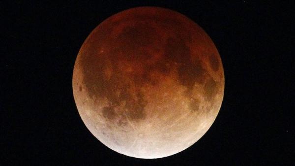 eclipse-superluna