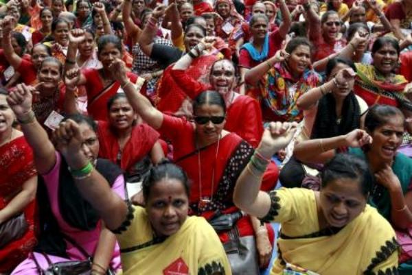 Un lote de gente se van a huelga en India