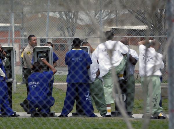bajan precio llamadas desde carceles ee uu Bajan precio llamadas desde cárceles [EE.UU.]